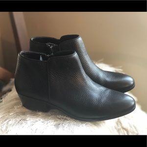 "Sam Edelman ""Petty"" Ankle Boots Size 8"